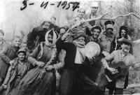 01.Απόκριες στην Πεντάπολη το 1957.jpg