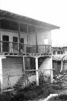 01. Παλιά Σπίτια.jpg